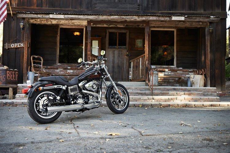 16-hd-low-rider-5-large@x2