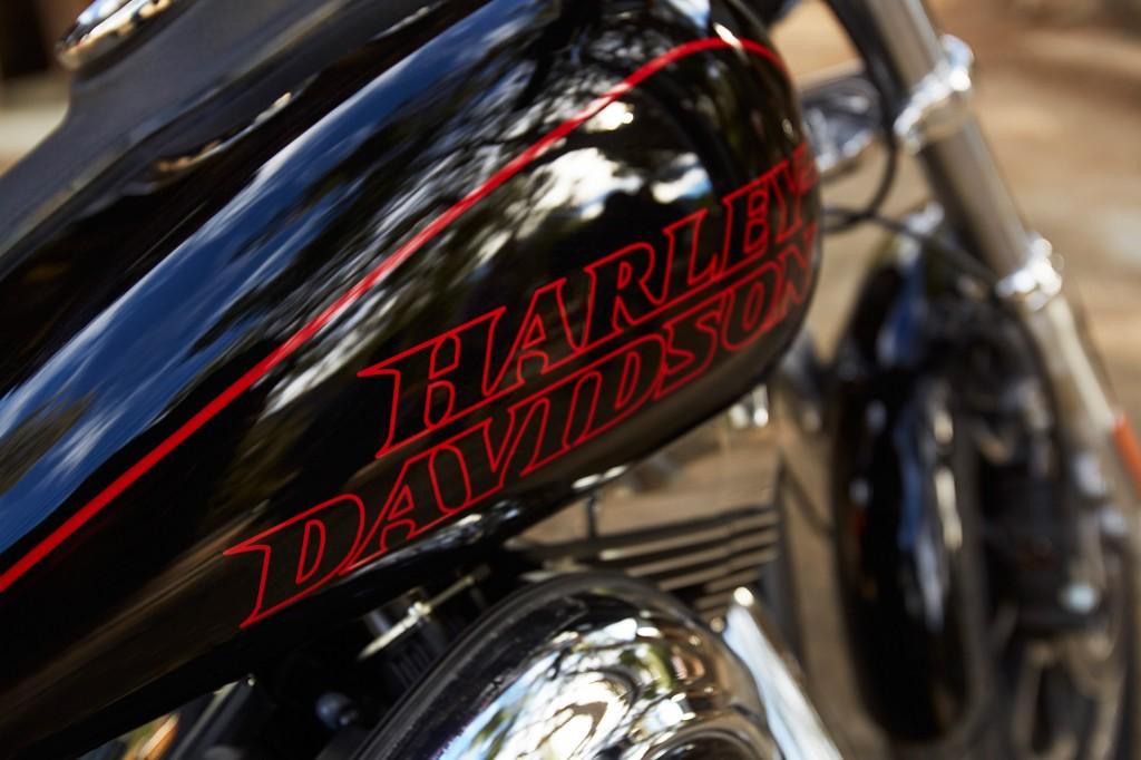 16-hd-low-rider-9-large@x2