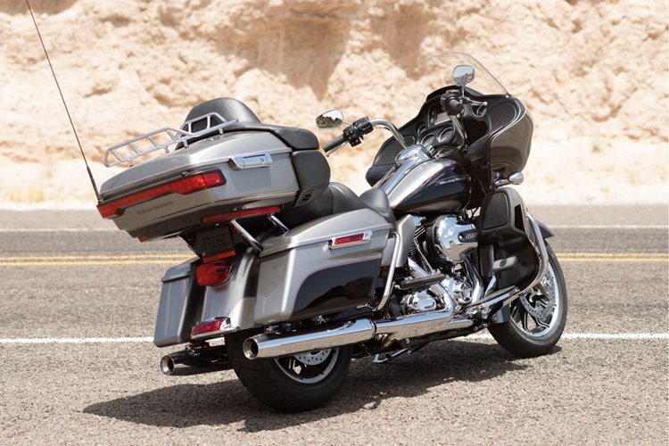 16-hd-road-glide-ultra-4-large@x2