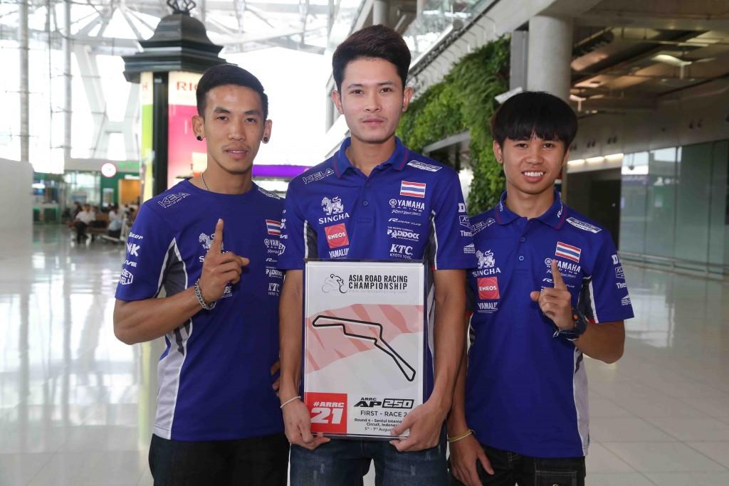 03 ยามาฮ่าต้อนรับนักบิดไทยยามาฮ่าเต็งแชมป์เอเชีย