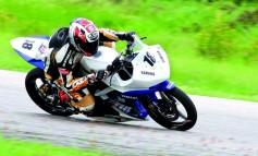YZF R15 แรงอีกระดับกับ สเป็คตัวแข่ง มีความแรงเป็นทุนสมดุลการขับขี่ที่ดีเยี่ยม