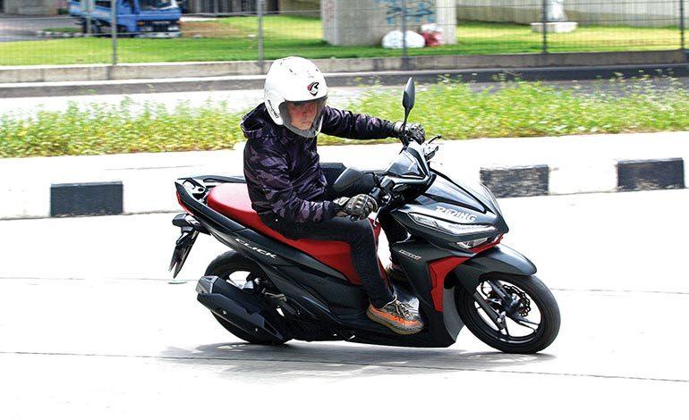 New Honda  Click150i ขีดสุดความแรงแห่งสปอร์ต เอ.ที.